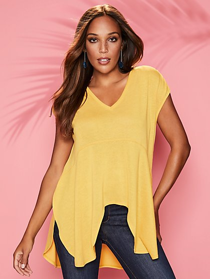 V-Neck Hi-Lo Top - Sweet Pea - New York & Company