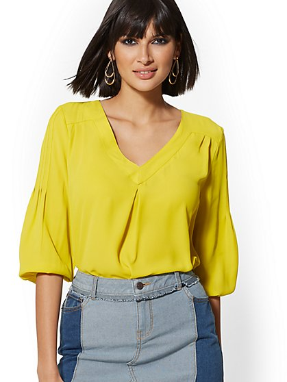 V-Neck Pleated Blouse - Soho Soft Shirt - New York & Company