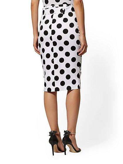 e1bd9e139a ... White Dot-Print Pencil Skirt - 7th Avenue - New York   Company ...