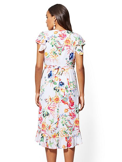 01f97bdbf4b ... White Floral Wrap Dress - New York   Company