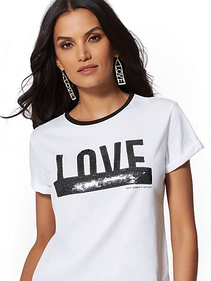 "White Sequin ""Love"" Graphic Logo Tee - New York & Company"
