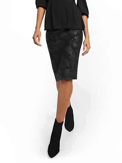 Whitney High-Waisted Faux-Leather Floral Skirt - New York & Company