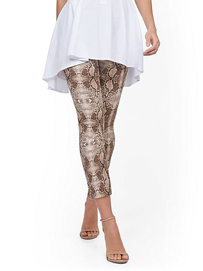 Whitney High-Waisted Pull-On Capri Pant - Snake Print - New York & Company
