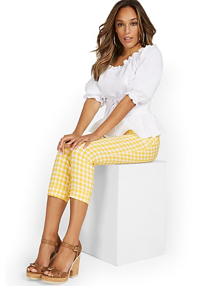 Whitney High-Waisted Pull-On Slim-Leg Capri Pant - Gingham - New York & Company