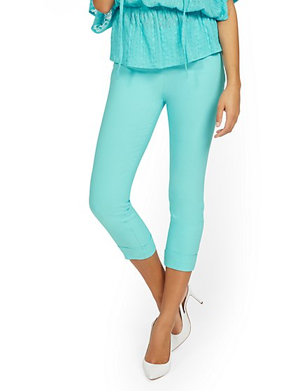 Whitney High-Waisted Pull-On Slim-Leg Capri Pant - New York & Company
