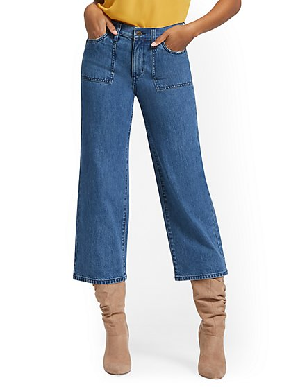 Wide-Leg Capri Jeans - New York & Company