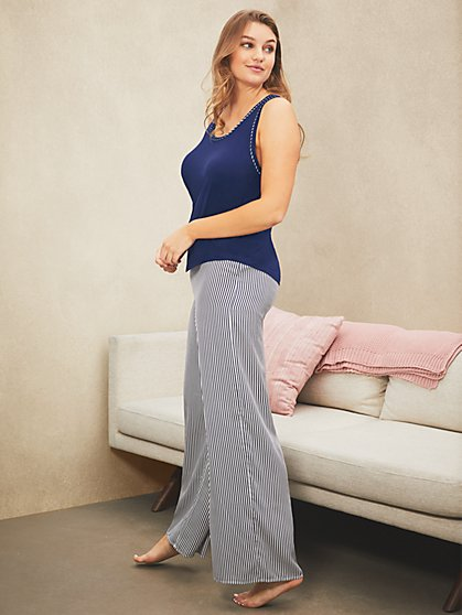 Wide-Leg Pant - New York & Company
