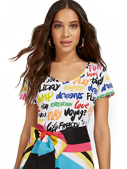 Word Graffiti V-Neck Perfect Tee - New York & Company