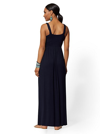 f7d1c6fe17a ... Wrap Maxi Dress - Soho Street - New York   Company
