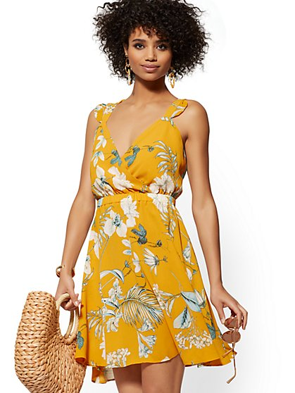 Yellow Palm-Print Tie-Back Flare Dress - New York & Company
