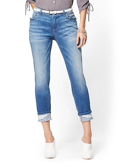 Zip-Accent Curvy Boyfriend Jeans - Insider Blue - New York & Company