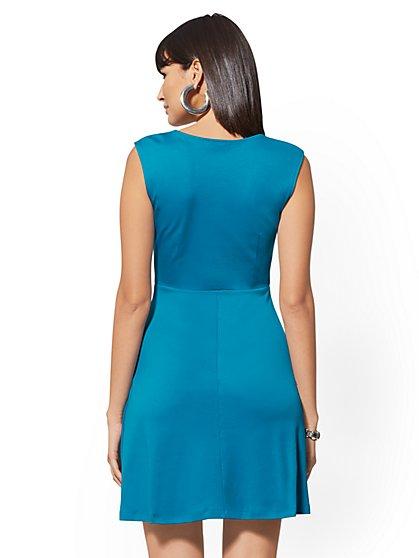 Women\'s Dresses on Sale | Maxi Dresses on Sale | NY&C